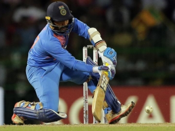 Dinesh Karthik helps India win Hero Nidahas T20 Trophy 2018