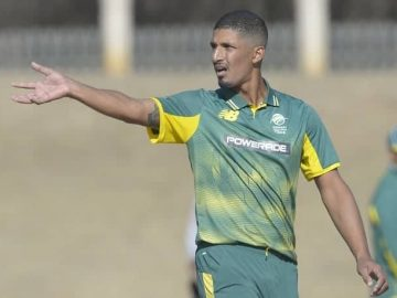 Beuran Hendricks gets 1st National CSA Contract